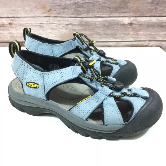 47482e85f4bbf1 Keen Shoes - Keen Women s 6 Venice Sandals Hiking Water Sport